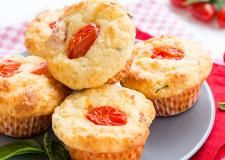 Συνταγές με Video | alevri.com Muffin, Breakfast, Recipes, Food, Morning Coffee, Recipies, Essen, Muffins, Meals