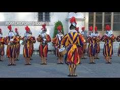Spectacular swearing-in ceremony of the new Swiss Guards Swiss Guard, Military Police, Vatican City, Wrestling, Fire, Youtube, Pope Francis, Latin Dance, Italy