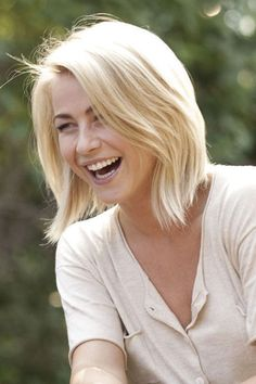 Julianne Hough Safe Haven Hair | This picture shows the beautiful ...