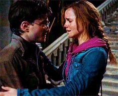 I always loved that Hermione didn't hesitate when she said she'd go with him. As if it wasn't even an option for her. Harry Potter Gif, Harry Potter Hermione Granger, Harry Potter Pictures, James Potter, Harry Potter Universal, Harry Potter World, Hogwarts, Golden Trio, Yer A Wizard Harry