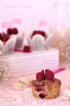Cookcakes de Ainhoa: MUFFINS DE PLÁTANO Y FRAMBUESAS