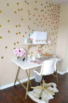 Home Decor Part Two: My Mini Office on www.allthingspinkandpretty.com: