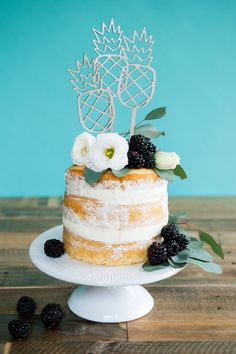 Pineapple cake toppers