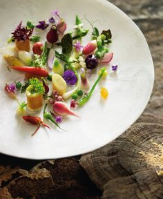 I'm looking to nature for my inspiration. Letting the natural produce speak. There's so much out there, so much elegance and beauty. To me, it's about the organic nature of food and letting flavours and textures speak for themselves. - Peter Gilmore, Quay Restaurant