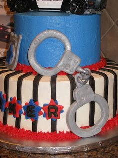 Handcuffs on police cake