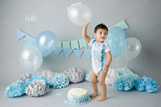Kabeer is turning ONE! Cake smash photo session is the best way to celebrate this special milestone and it's so much fun! 1 Year Birthday, Baby Boy Birthday, Blue Birthday, Birthday Ideas, Birthday Photography, Cake Smash Photos, 1st Birthdays, Baby Photos, Pastel