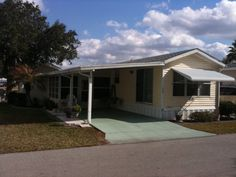 1993 Skyline Park Model Mobile Home For Sale In LaBelle Florida