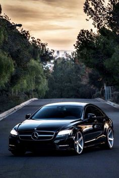 Mercedes-Benz CLS-Series C218 GLOSS BLACK Rear Star Badge Emblem Set CLS63//Star