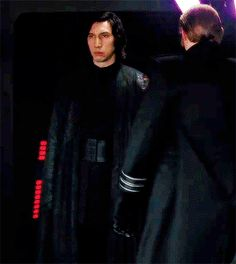 Me at work when someone walks into my suite with questions that don't relate to what I'm working on. Kylo Rey, Kylo Ren And Rey, Kylo Ren Gif, Star Wars Meme, Star Wars Fan Art, Reylo, Knights Of Ren, Kylo Ren Adam Driver, Star Wars Kylo Ren