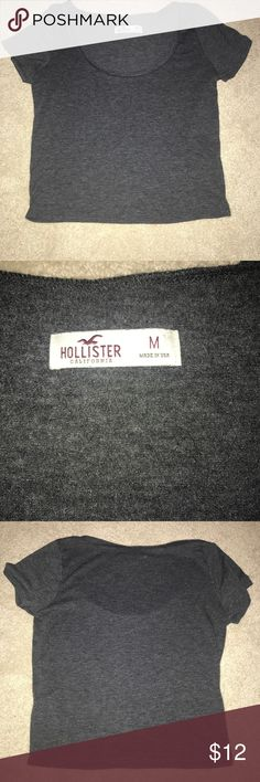 HOLLSTER heather grey crop top Hollister grey crop top the material is stretchy! Hollister Tops Crop Tops