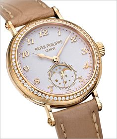 Patek Philippe Watches Comes Out with Calatrava Moon-Phase Watch Ref. 7121 Patek Philippe Watches Comes Out with Calatrava Moon-Phase Watch Ref. Elegant Watches, Beautiful Watches, Cool Watches, Watches For Men, Unique Watches, Ladies Watches, Patek Philippe Calatrava, Moda Outfits, Swiss Army Watches