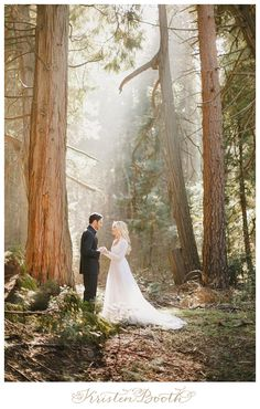 Woodsy California Mountain Engagement | Fairytale Engagement Photographer | {Jordan and Megan}::
