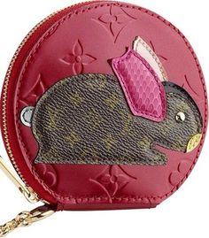 7c58ebfc92f4 Louis Vuitton Monogram Coin Purse. Pomme D amour. Vernis animal pouch. Get