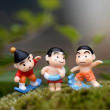Mini desenhos animados meninos Ornamentos de fadas gnomos de jardim miniaturas terrários musgo desktop garrafa ofício da resina para a decoração da sua casa(China (Mainland))