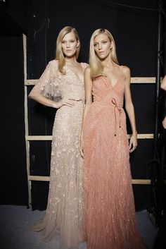 NAT LOOK AT THE PEACH COLOR...  Ah! Champagne and deep peach lacy dresses for the bridesmaids!