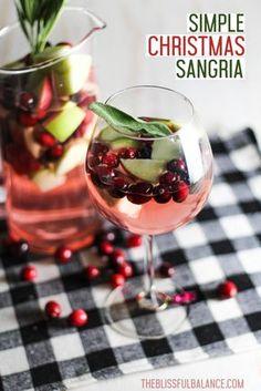 Simple Christmas Sangria | recipe wine party apple drink