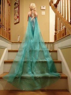 DIY Elsa Dress from Curtain sheer!!! Check out Jysk for inexpensive curtains to make the cape.
