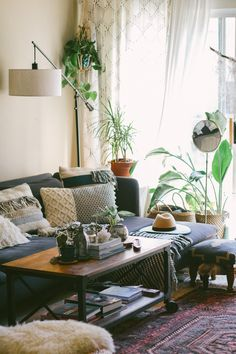 Small Home Big Style: A Plant Filled Bohemian Rental in LA | SG Style