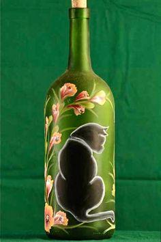 Illuminé de bouteille de vin / chat peint à la main / par ArteeVita                                                                                                                                                                                 Plus