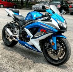 motorcycles-and-more:  Suzuki GSXR