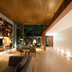 Tetris Residential House by Marcio Kogan & studiomk27