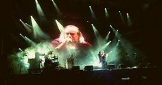 Πολλά και σημαντικά τα ονόματα στην τελευταία βραδιά του Release Athens Festival. Ήταν από τις φορές που άξιζε πραγματικά να είσαι από την αρχή μέχρι το τέλος. ------------------------------------------------------------- #festival #music #live #fragilemagGR http://fragilemag.gr/release-festival-2/