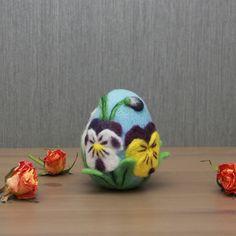 Needle felted Easter egg, Easter bunny egg, Easter flower egg, Easter ornament, Easter home decor, handmade Easter gift Needle Felted Ornaments, Felt Ornaments, Easter Flowers, Dry Flowers, Fairy Nursery, Easter Bunny Eggs, Felt Birds, Fairy Dolls, Felt Dolls
