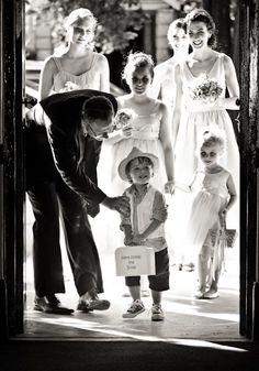 Here he comes ladies and gentlemen. Lady And Gentlemen, Perfect Wedding, Wedding Inspiration, Photography, Fictional Characters, Art, Art Background, Photograph, Fotografie