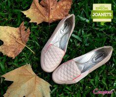 Slippers são calçados práticos que podem ser usados até no trabalho. Aproveite que o outono é a estação perfeita para este modelo e que ele é da linha Especial Joanete, que proporciona ainda mais conforto! #confortoCampesí