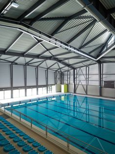 Gallery of Sports Centre Csörsz / Architects - 15 Olympic Swimming, Indoor Swimming Pools, Swimming Pool Designs, Swimming Pool Architecture, Sport Hall, Sports Complex, Club Design, Dream Pools, High School
