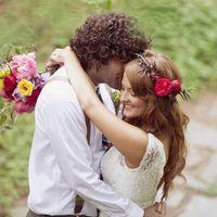 A romantic, Bohemian #davidsbridal bride