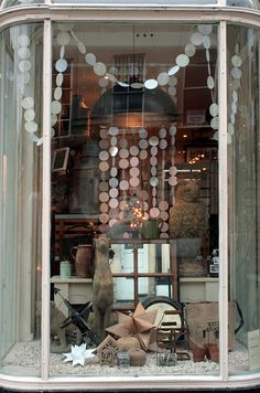 Shop Window #shop #window #display #garland #circle