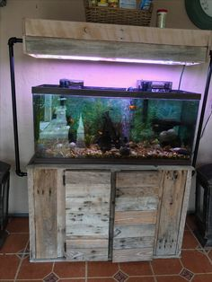 Fish tank stand I made using pallets. | Pallet projects-fish tank | Pinterest | Tank stand, Fish ...