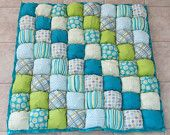 Baby Puff Quilt by beautifuleverytime - nice mix of soft and vibrant colours Puff Blanket, Bubble Blanket, Bubble Quilt, Quilting Projects, Quilting Designs, Sewing Projects, Rag Quilt, Patch Quilt, Biscuit Quilt