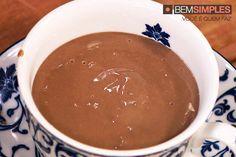 Chocolate quente da vovó, por Bruna Di Tullio. http://www.bemsimples.com/br/receitas/81703-chocolate-quente-da-vovo