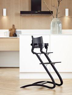 Chaise haute évolutive de Leander bois noir