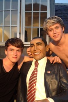 Niall, Josh and Barak O'Bama. I think Niall likes America more then some Americans. Liam James, James Horan, Cher Lloyd, Irish Boys, Louis Williams, I Love One Direction, Direction Quotes, Harry Edward Styles, Liam Payne