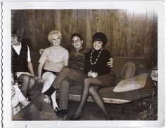 Jo Anne Worley on the right!