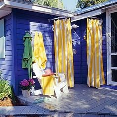 10 DIY Outdoor Showers to Cool You Down