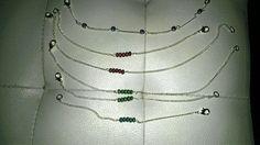 Ribambelle de bracelets perlés
