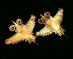 Pair of Supernatural Birds from Dumbarton Oaks Pre-Columbian Collection
