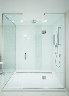 shower | Catherine Tonon Interiors