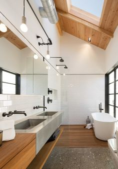 Modern bathrooms look great when styled with sleek fixtures and simple bathtubs. Achieve this look in your master bathroom suite with a little help from Signature Hardware.