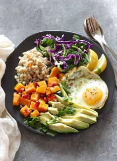 Healthy grain bowl