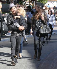 Pete Wentz Photo - Pete And Meagan Take Bronx Shopping At The Grove
