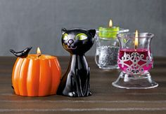 Our Halloween Diva cat will help you create the purrrrrfect centrepiece! ;)  Seasonal Decor & Scents to get you in the spirit! http://www.partylite.co.uk/home.html