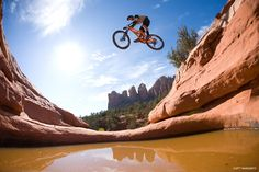 Mtb Mountain Bike Downhill Wallpaper With 1024x640 Resolution Pictures