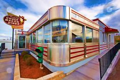 Old-fashioned roadside diner in HDR. ~ Hi Res Vintage Diner, 50s Diner, Vintage Signs, Unusual Buildings, American Diner, Googie, Retro Aesthetic, Great Places, Coffee Shop