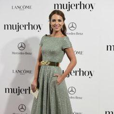 Los 13 mejores looks de Paula Echevarría en 2014. Imágenes con los mejores estilismos de la actriz en la red carpet y también outfits de calle