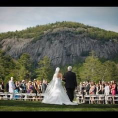 Say I do while surrounded by the gorgeous #scenery that accompanies the #highhamptoninn in #Cashiers #NC #828isgreat #destination #wedding #highhamptoninnwedding